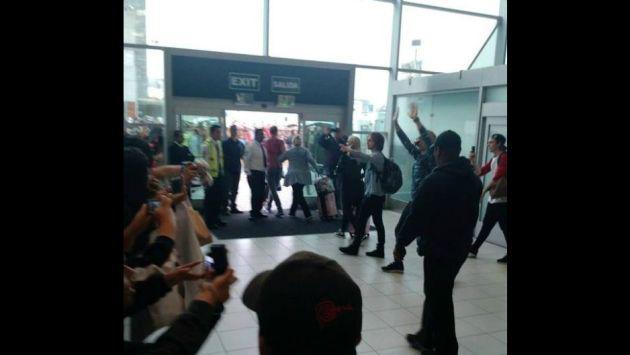 ¡R5 ya se encuentra en Lima para dar concierto! [FOTOS]