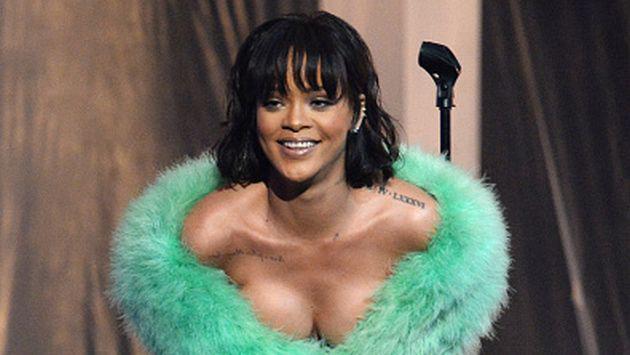 ¡Rihanna vuelve a mostrar más de la cuenta en público! [FOTO]