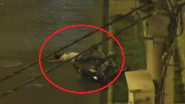 WTF! Por robar una motocicleta, ladrón terminó así... [VIDEO]