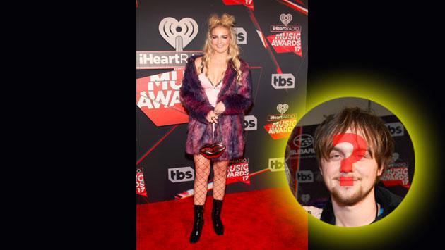 ¿Rydel Lynch de R5 asistió sola a los iHeartRadio Music Awards? ¿Dónde estaba su pareja?