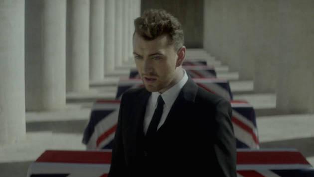 Sam Smith estrenó video de 'Writing's On The Wall', canción de 'Spectre'
