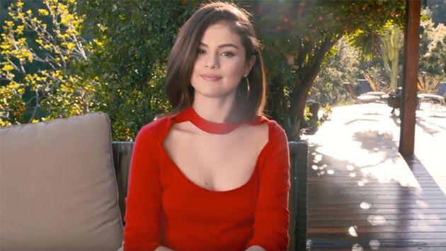 Selena Gomez se confiesa y esto le diría a su yo de 15 años [VIDEO]
