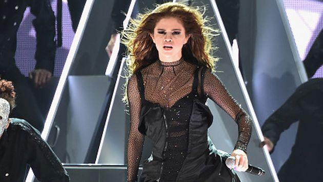 OMG! Selena Gomez no se pudo resistir a una canción de Justin Bieber [VIDEO]