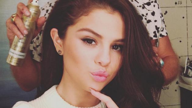 Selena Gomez y su impactactante confesión sobre su cabello