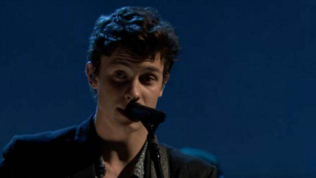 Mira a Shawn Mendes cantando 'There's Nothing Holdin' Me Back' en 'The Tonight Show' [VIDEO]