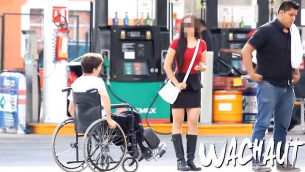 Lo rechazó por estar en silla de ruedas sin saber el 'secreto' que guardaba [VIDEO]