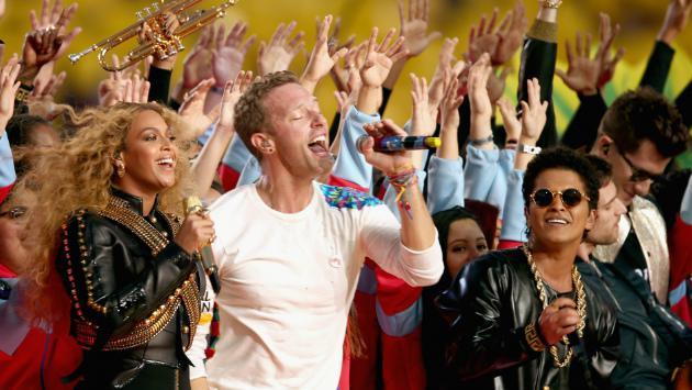 ¡Beyoncé, Coldplay y Bruno Mars la rompieron en el entretiempo del Super Bowl!