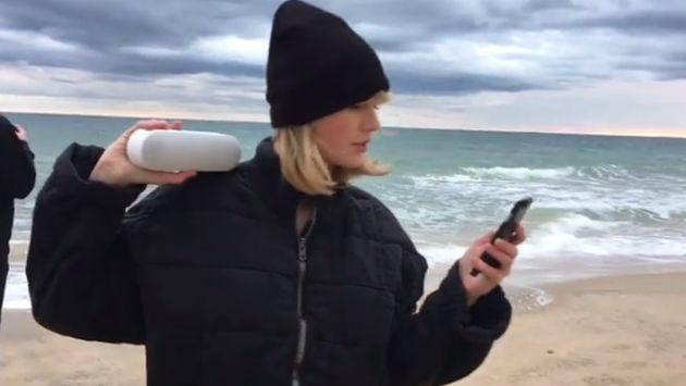 Taylor Swift se unió al 'Mannequin Challenge' como solo ella podía hacerlo [VIDEO]