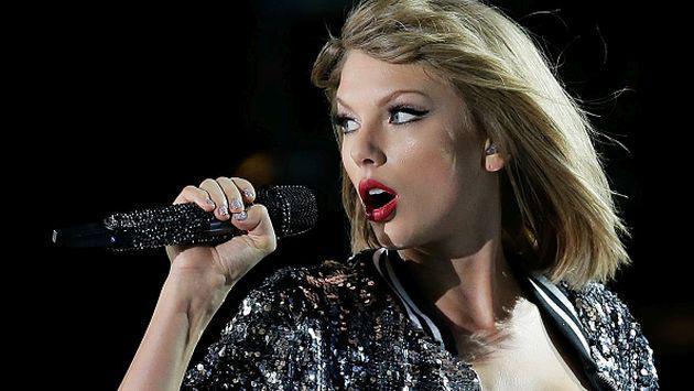 Taylor Swift tuvo una particular bienvenida al retornar de sus vacaciones con Calvin Harris [VIDEO]