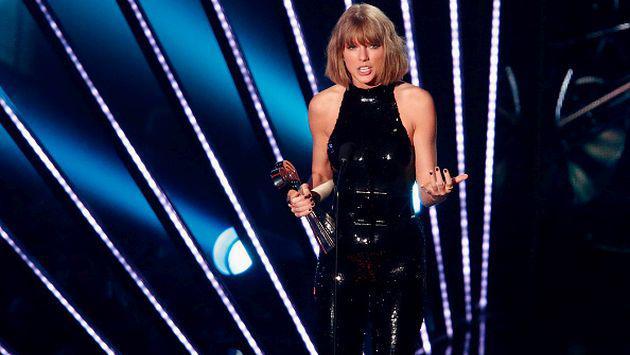El guardaespaldas de Taylor Swift se ha hecho famoso con esta foto