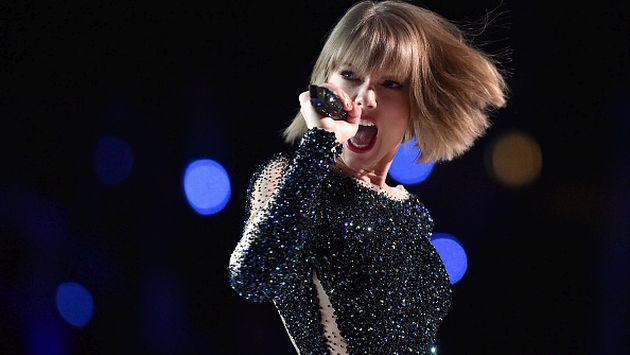 ¡Taylor Swift luce su figura en sensual bikini! [FOTOS]