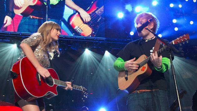 Taylor Swift cuenta una historia inspiradora de Ed Sheeran