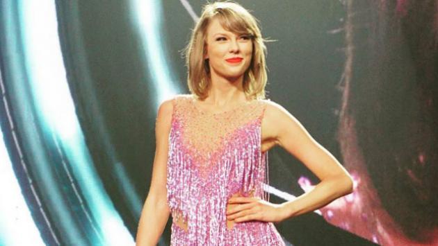¡Taylor Swift lanzaría álbum sorpresa en octubre y estas pistas lo probarían!