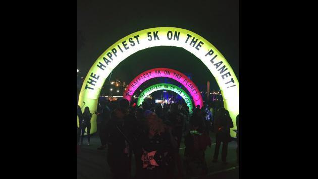 ¡Así la pasó el 'Team Planeta' en 'The Run Color Night'! [FOTOS]