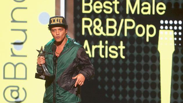 Ten cuidado con estas noticias sobre Bruno Mars
