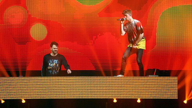 The Chainsmokers lanzó el videoclip de 'Paris' con una integrante del 'squad' de Taylor Swift