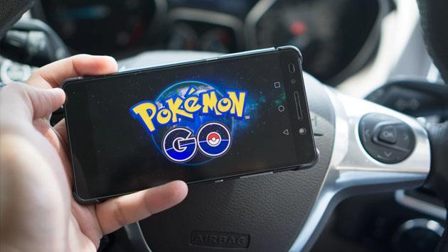 Triste noticia para quienes jugaban 'Pokémon GO' en el auto, el bus o el tren