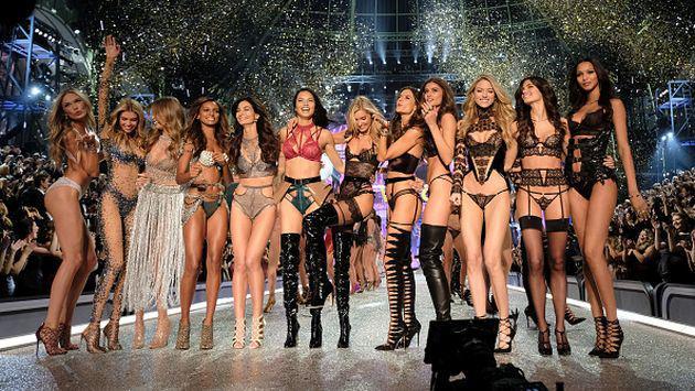 Así te desean felices fiestas los ángeles de Victoria's Secret [VIDEO]
