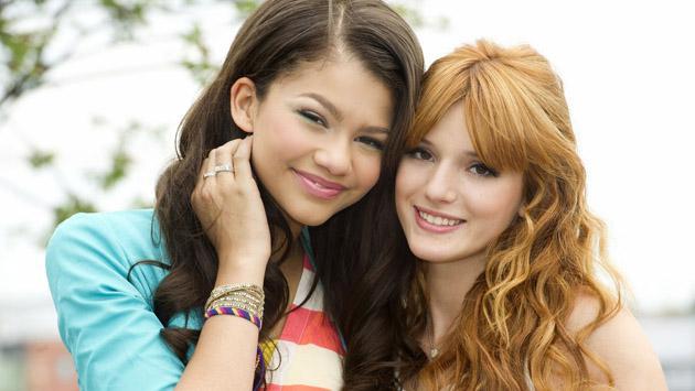 Zendaya y Bella Thorne, amigas después de 'Shake It Up'