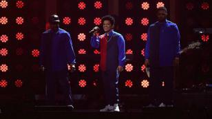 ¡Bruno Mars la rompió con presentación en Brit Awards 2017! [VIDEO]