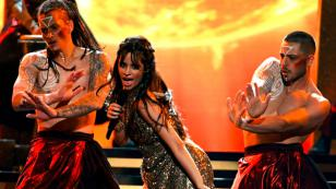 Camila Cabello y su primer show como solista en los Billboard Music Awards de 2017 [VIDEO]