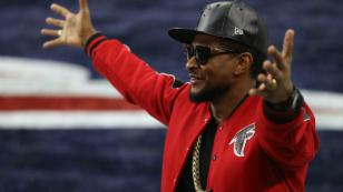 Así se divirtió Usher en 'Carpool Karaoke' de 'The Late Late Show' [VIDEO]