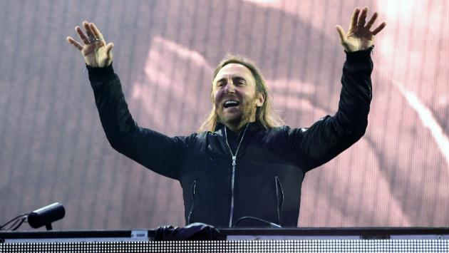 David Guetta presenta nueva versión de 'Versace on the floor' de Bruno Mars [VIDEO]