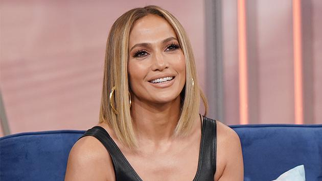 Jennifer Lopez recibe sorpresa en el set de 'Marry me'