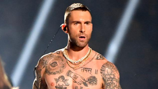 Maroon 5 publica video lyric de 'Gilrs like you'