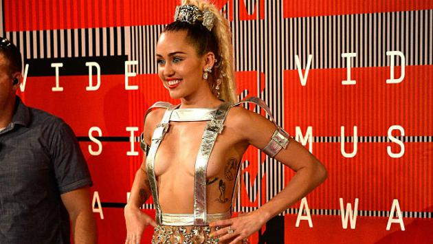 Miley Cyrus dijo estar borracha en plena promoción de 'The Voice', pero...