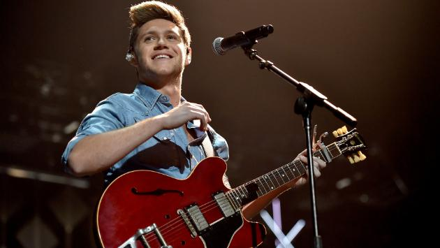 Niall Horan sorprende con 'Too Much To Ask', un single más de 'Flicker'