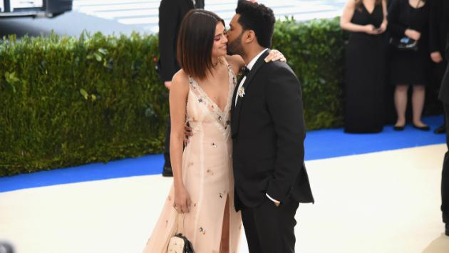 Selena Gomez y The Weeknd aparecen en un romántico video publicado por Salma Hayek [VIDEO]