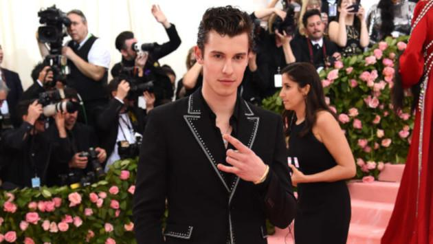 Shawn Mendes le regaló su calzoncillo usado a Matty Healy de The 1975