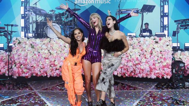 Taylor Swift, Dua Lipa y Becky G brillan en el Amazon Prime Day