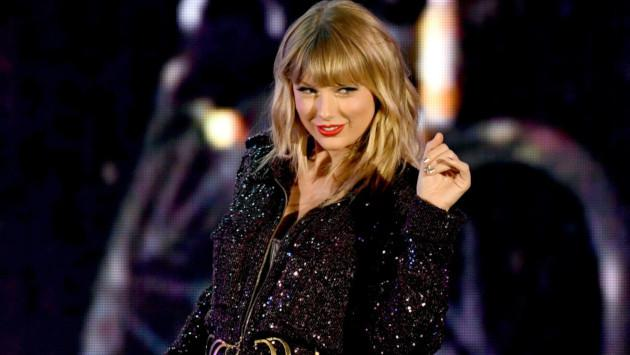 Taylor Swift rompe en llanto en 'The Voice'