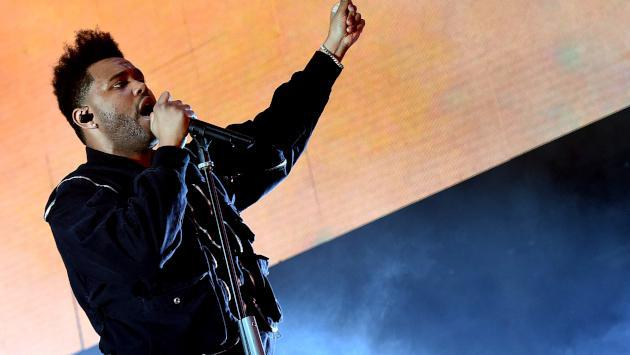 ¡Estreno! The Weeknd y su terrible transformación en el videoclip de 'Blinding lights'