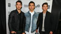 Los hermanos Jonas celebran el décimo aniversario del disco 'A little bit longer'